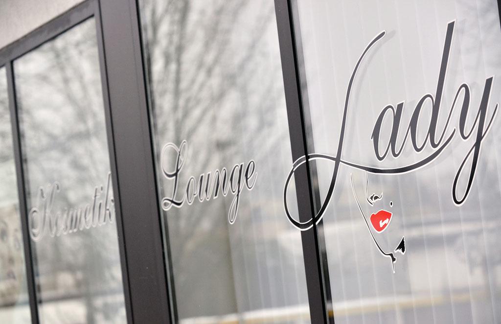 Kosmetik Lounge